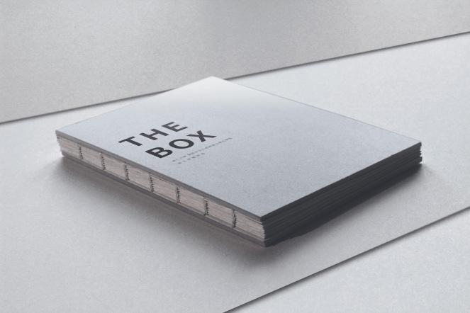 Binded Book Mockup 01 - 複製